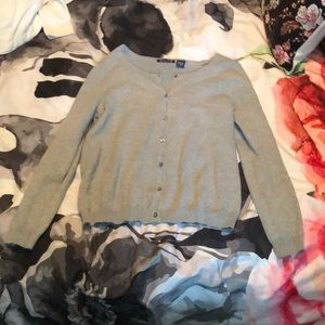 🖤5/$25 Grey button up cardigan sweater